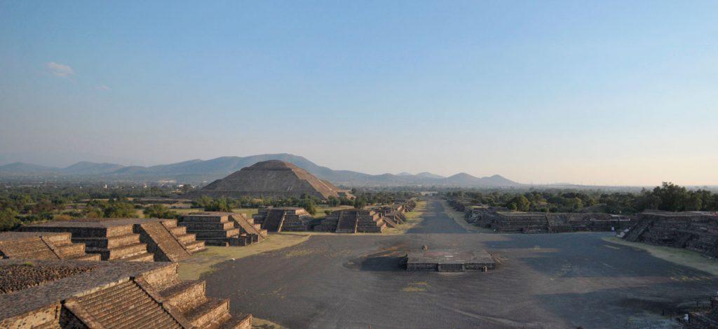 Teotihuacan visto desde la Pirámide de la Luna